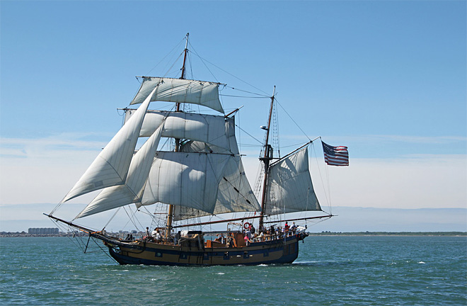 Tall ship Hawaiian Chieftain sets sail for Oregon on Wednesday